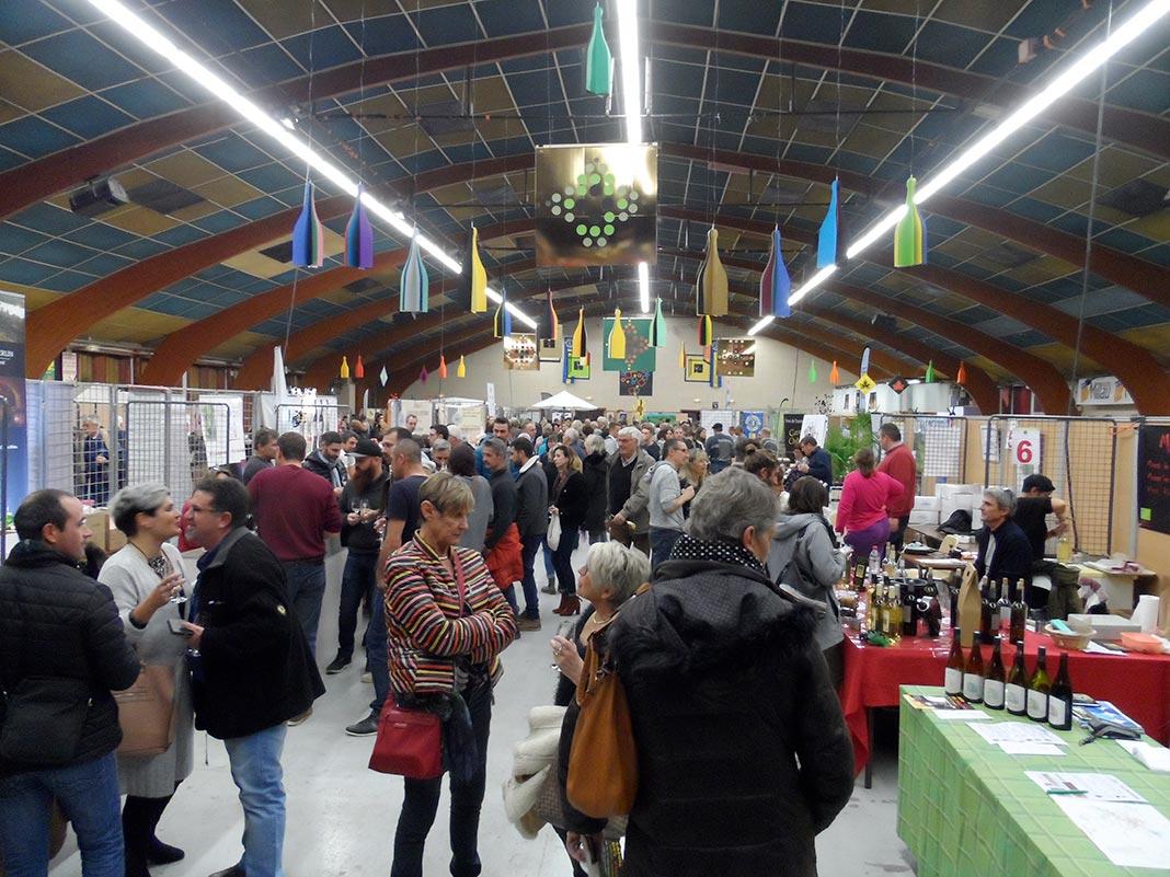 Millau. Un Salon des vignerons haut en couleur - Millavois.com